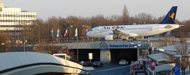 Berlin airport shutle to Stettin